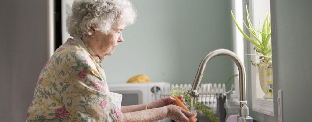 1unsplash-lavare-frutta-e-verdura
